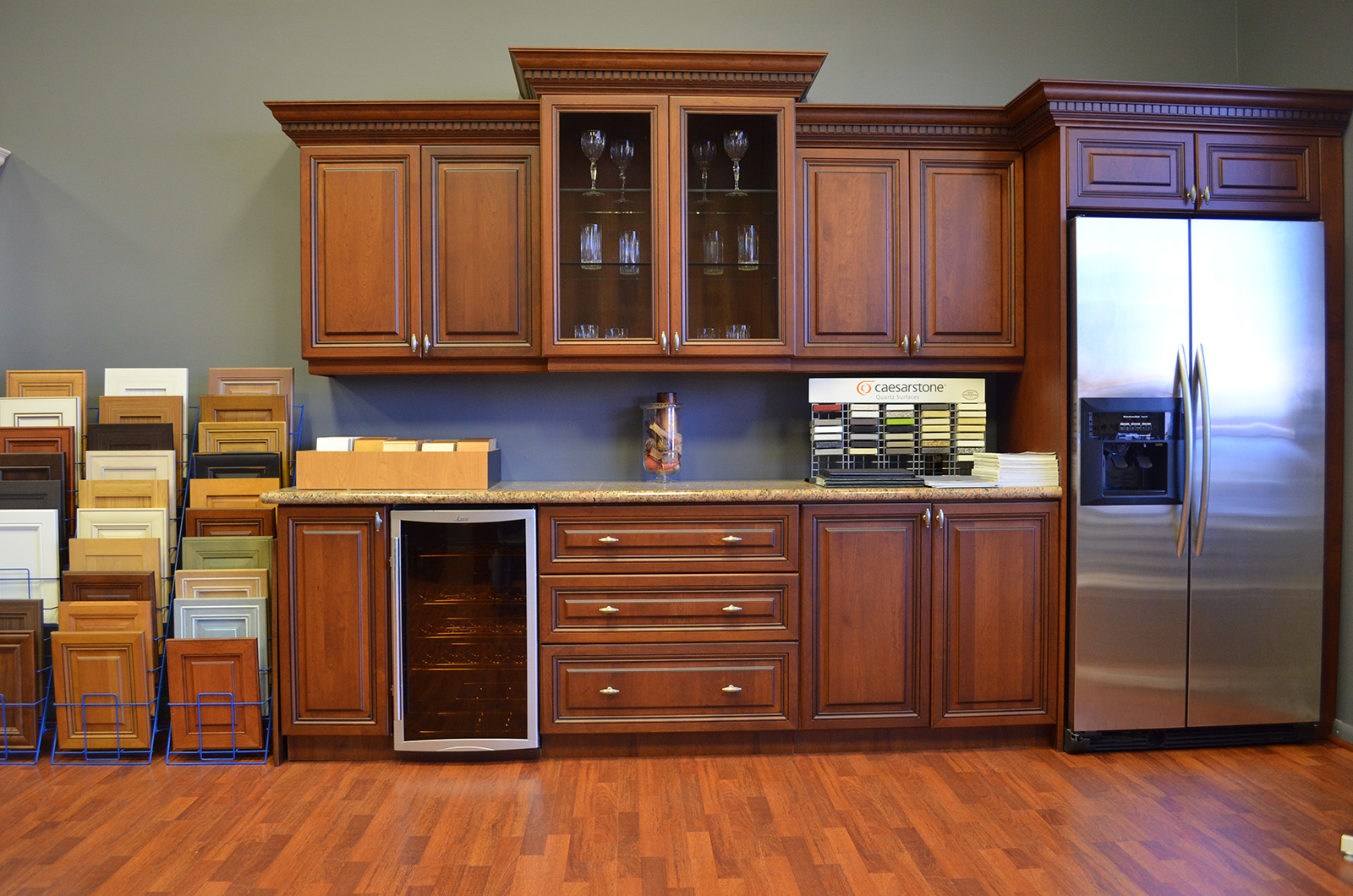 kitchen cabinet refacing is the perfect way to get the look of new cabinets without investing in a total cabinetry replacement and when youre looking for